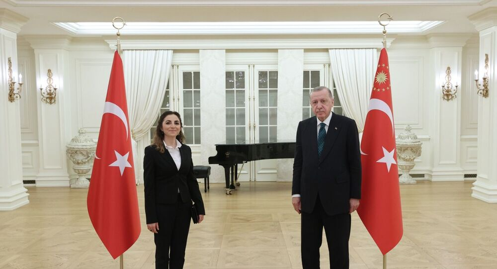 Cumhurbaşkanı Recep Tayyip Erdoğan öğretmenlerle iftar yaptı.