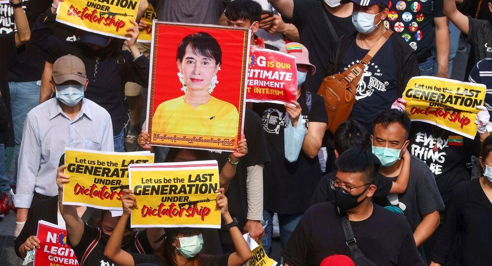Myanmar - protesto