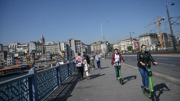 İstanbul - koronavirüs - Türkiye - maske - Sputnik Türkiye