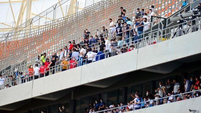 Tam kapanmaya rağmen Adana Demirspor ve Giresunspor taraftarlarının tribünleri doldurması sebebiyle iki kulübe 65'er bin TL para cezası verildi.