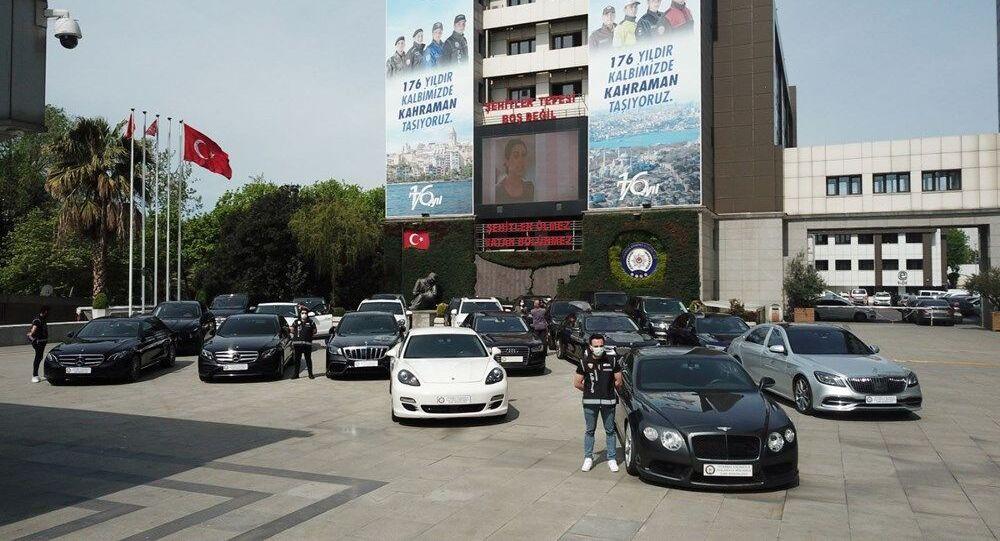 İstanbul-otomobil kaçakçılığı operasyonu