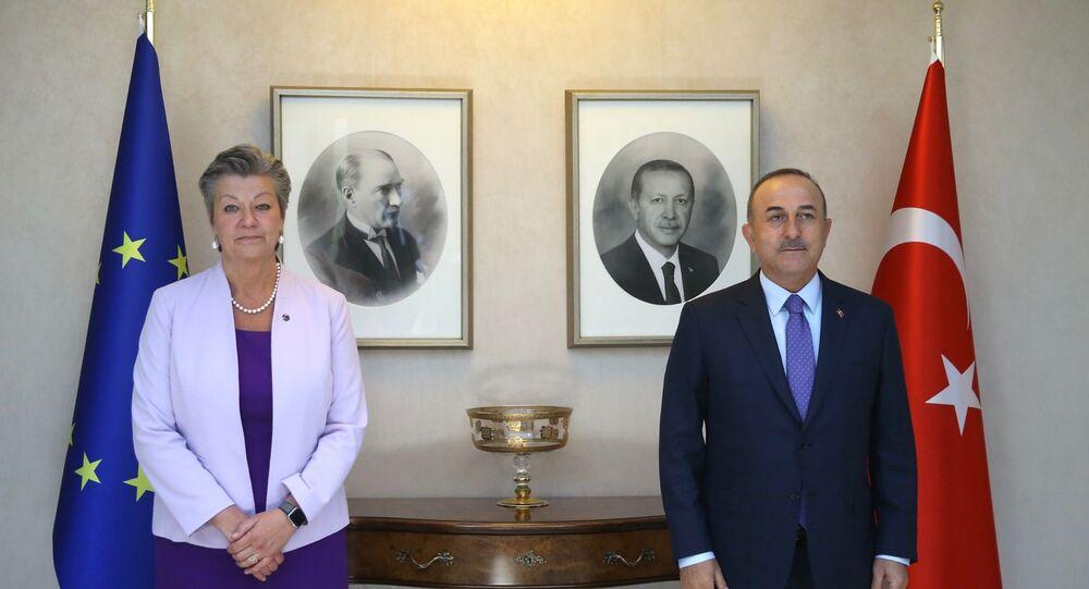 Dışişleri Bakanı Çavuşoğlu, AB İçişleri Komiseri ile görüştü