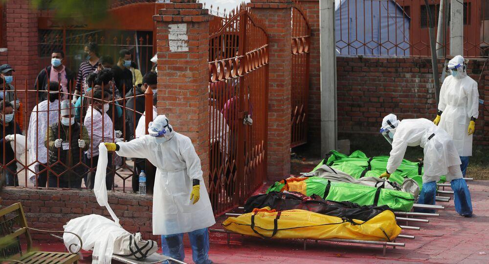 Hindistan'dan sonra Nepal'de de Kovid-19 vakalarının sayısı hızla artıyor