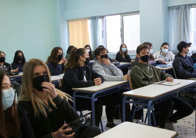 Yunanistan - koronavirüs -okul