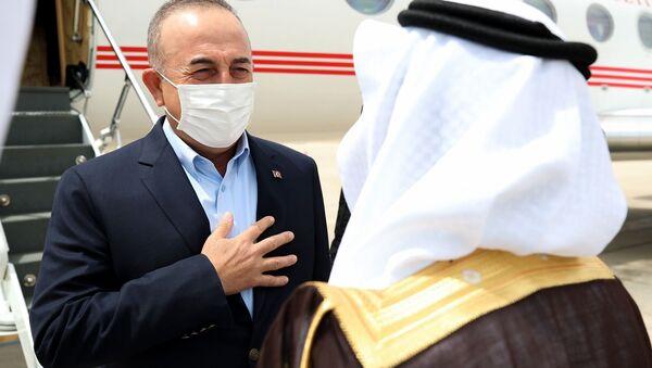 Dışişleri Bakanı Çavuşoğlu, ikili ilişkiler ve bölgesel konuları görüşmek için Suudi Arabistan'da - Sputnik Türkiye