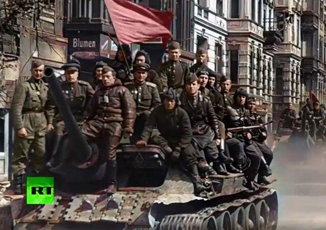 RT, 2. Dünya Savaşı döneminde yapılan çekimleri renklendirdi