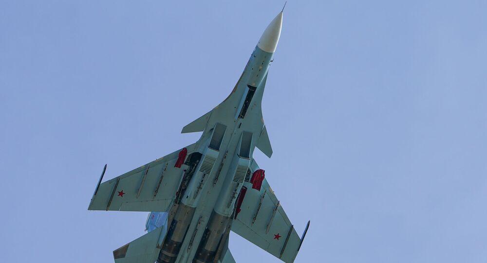 Rus Su-30 savaş jetinden Karadeniz'de Fransa'ya ait 3 askeri uçağa önleme