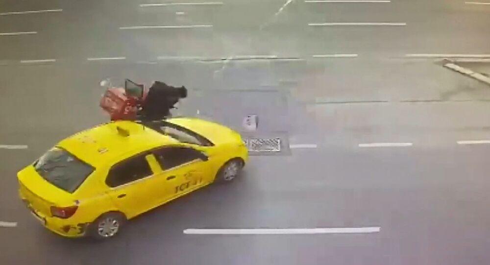 Şişli-kaza-taksi-kurye