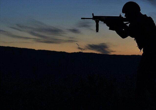 Asker - operasyon