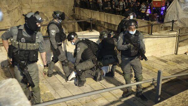 Rus Dışişleri: İsrail'in Kudüs'ün statüsünü değiştirme girişimleri hukuka aykırı - Sputnik Türkiye