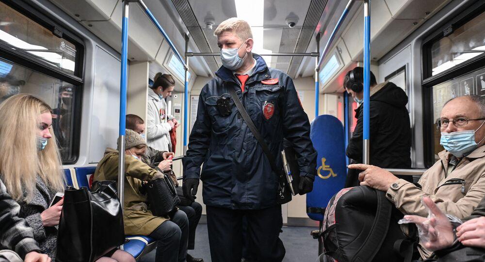 Rusya-koronavirüs-maske