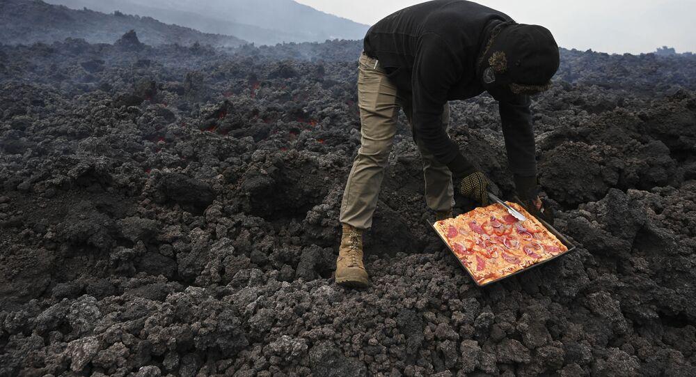 David Garcia-aktif volkan Pacaya-pizza