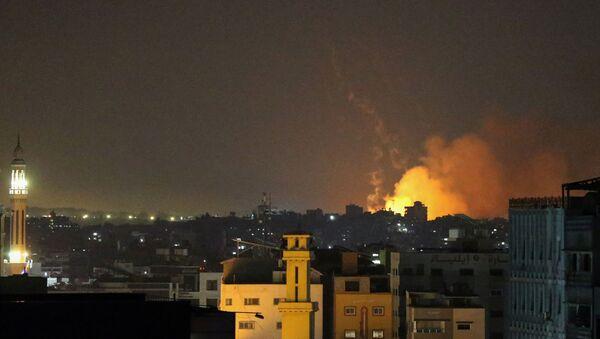 İsrail'in Gazze'ye hava saldırısı - Sputnik Türkiye