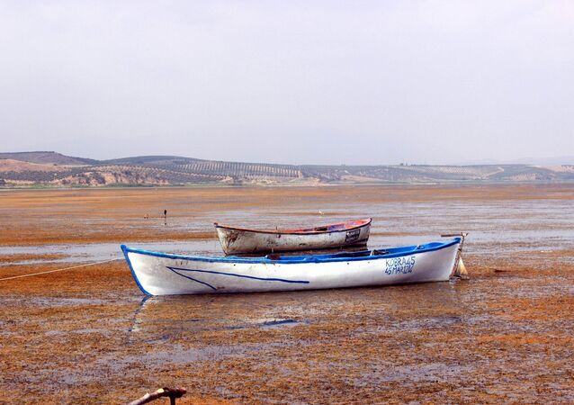 Marmara Gölü -  kuraklık