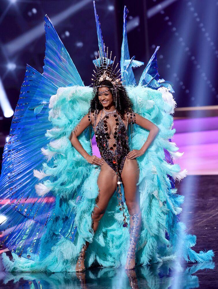Barbados güzeli  Hillary Ann Williams