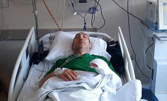 'Gürültü' tartışması yaşadığı komşuları tarafından darp edilen profesör, hastanelik oldu