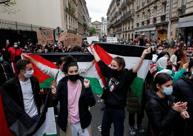 Fransa'da polis, Filistin'e destek gösterisine müdahale etti
