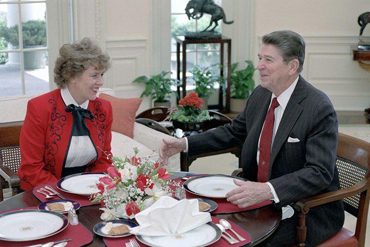 Eski ABD Başkanı Reagan'ın danışmanı, Putin'den vatandaşlık istedi