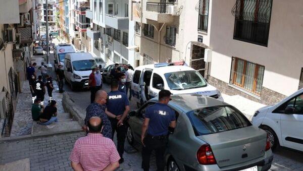 İzmir-Buca'da cinayet - Sputnik Türkiye