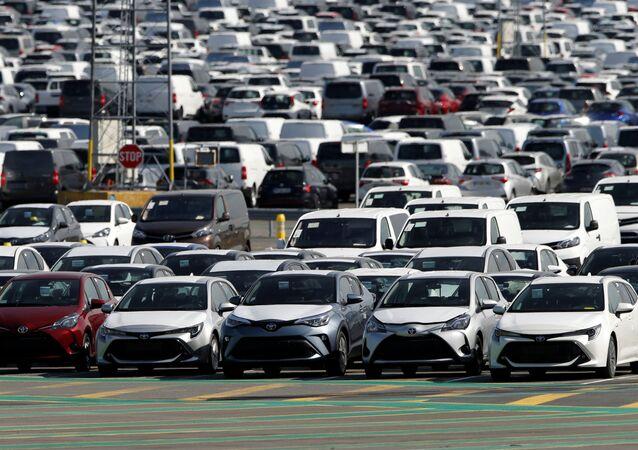 Toyota / otomobil