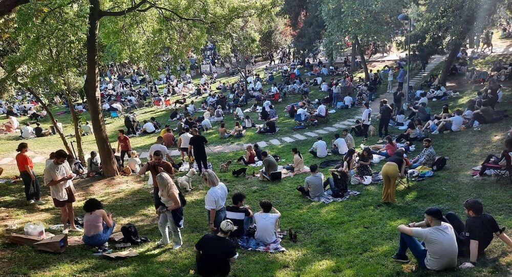 Maçka Parkı'nda yoğun kalabalık