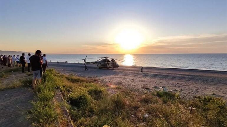 Azerbaycan'a ait askeri helikopter teknik arıza nedeniyle Giresun'un Tirebolu ilçesinde deniz kenarına zorunlu iniş yaptı.
