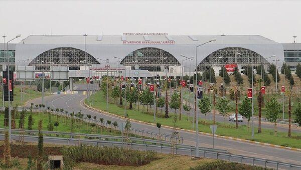 Diyarbakır Havalimanı - Sputnik Türkiye