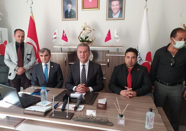 Türkiye Değişim Partisi Genel Başkanı Mustafa Sarıgül