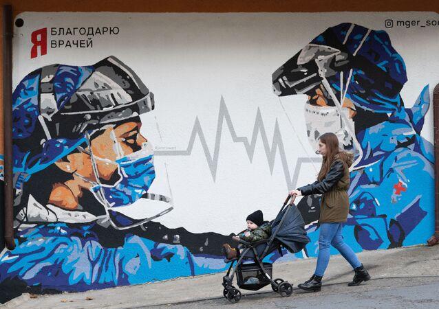 Rusya- koronavirüs - doktor - grafiti