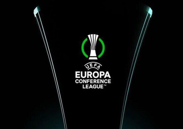UEFA Avrupa Konferans Ligi'nin kupası tanıtıldı