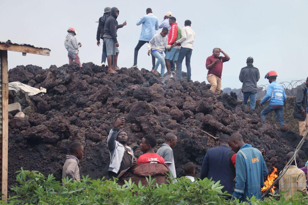 Goma Volkanik Gözlemevi Direktörü Celestin Kasereka Mahinda da lavların zararlı olmasından ötürü halkın bu bölgelere yaklaşmaması gerektiğini belirtti.