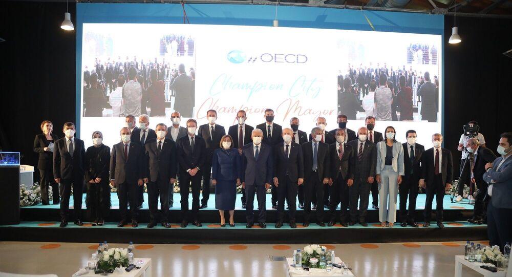 Fatma Şahin, OECD Şampiyon Belediye Başkanları arasına Türkiye'den katılan ilk başkan oldu
