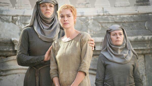 Game of Thrones oyuncusu Waddingham: İşkence sahnesini çekerken 10 saat bağlı kaldım - Sputnik Türkiye