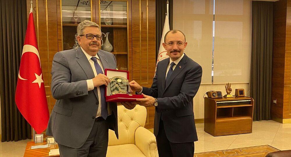 Rusya'nın Ankara Büyükelçisi Aleksey Yerhov, Ticaret Bakanı Mehmet Muş'a nezaket ziyaretinde bulundu.