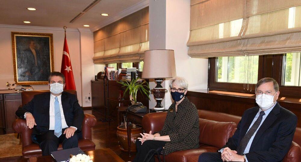 Dışişleri Bakanlığı ve ABD Dışişleri Bakan Yardımcısı Wendy Sherman, ABD Başkanı Joe Biden yönetiminde Türkiye'ye gerçekleştirilen ilk ziyarete ilişkin değerlendirmede bulundu.