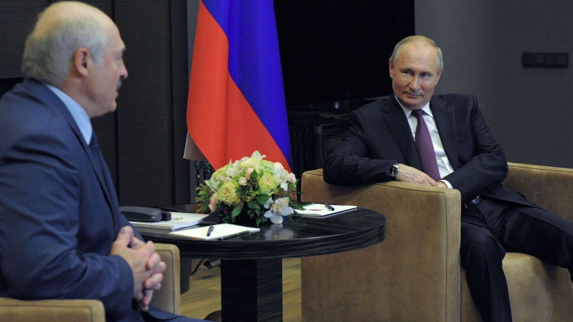Vladimir Putin-Lukaşenko - Sputnik Türkiye, 1920, 24.08.2021