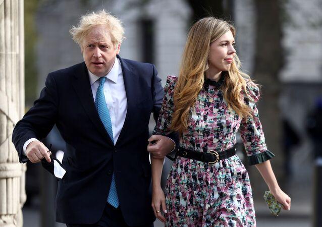 İngiltere Başbakanı Boris Johnson, eşi Carrie Symonds