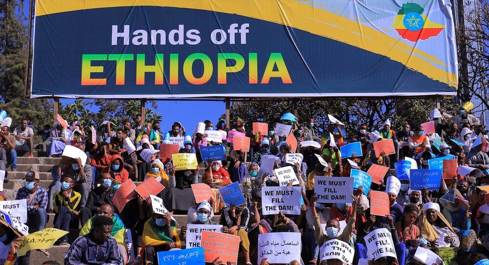 Etiyopya başkenti Addis Ababa'da ABD'yi protesto gösterisi
