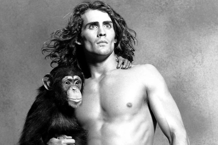 'Tarzan' film serisindeki Tarzan rolüyle dünya çapında tanınan ABD'li oyuncu Joe Lara'nın, Tennessee'de göle düşen uçakta olduğu ve beraberindeki 6 kişiyle birlikte yaşamını yitirdiğinin tahmin edildiği açıklandı.