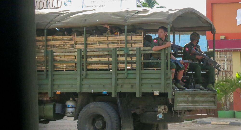 Myanmar ordusu, etnik silahlı gruplarla ateşkesi bir ay daha uzattı