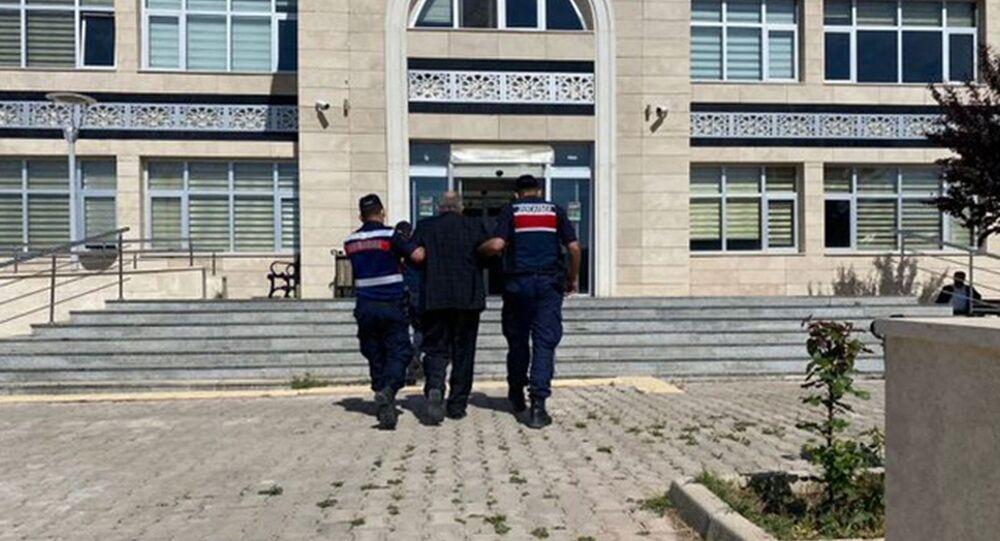 Hakkında 21 yıl hapis cezası bulunan firari noterde yakalandı