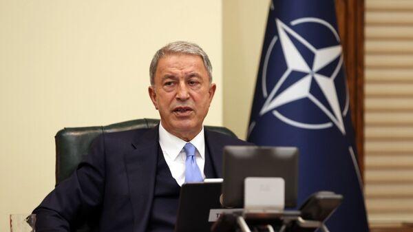 Milli Savunma Bakanı Hulusi Akar, NATO Savunma Bakanları Toplantısı'nda - Sputnik Türkiye