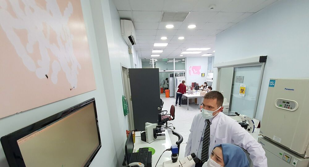 Doç. Dr. Mehmet Serdar Kütük'ün danışmanlığında, tıp fakültesi 5. sınıf öğrencisi Ümmühan Zeynep Bilgili
