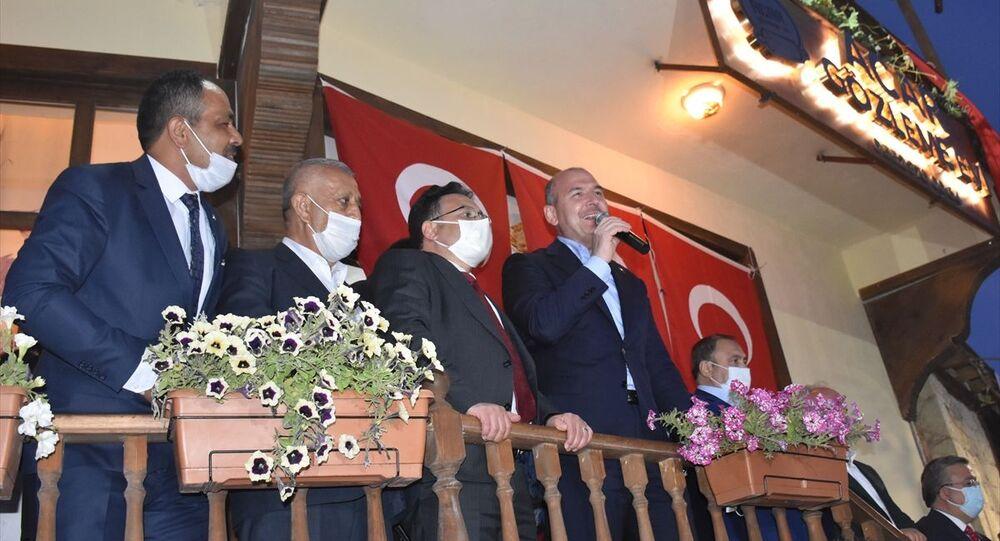 İçişleri Bakanı Süleyman Soylu, Afyonkarahisar'ın İhsaniye ilçesine bağlı Döğer beldesini ziyaret etti.