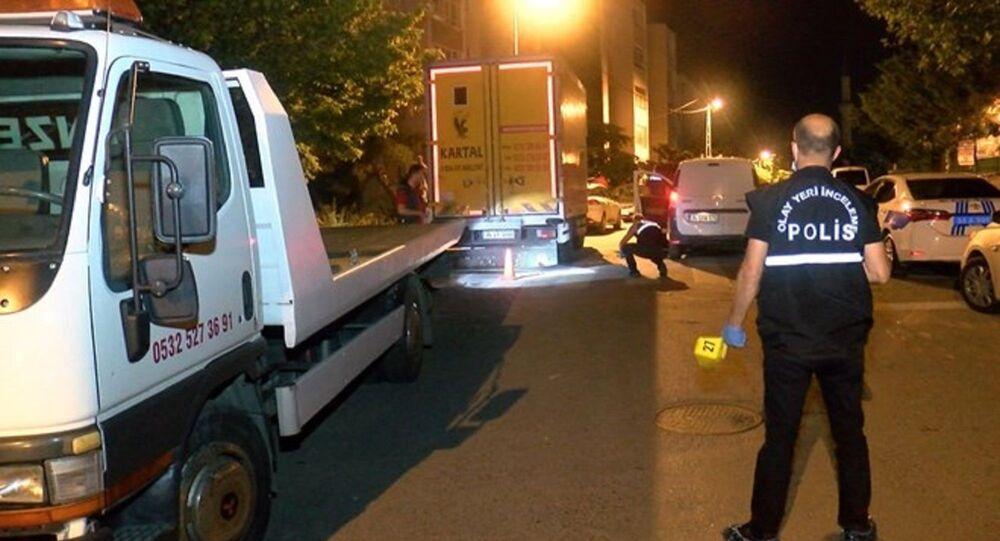 Maltepe'de iki grup arasında kalaşnikoflu çatışma: 1'i ağır, 2 yaralı