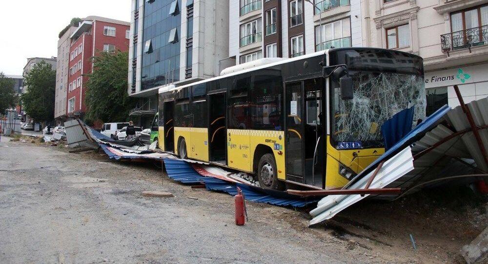 İstanbul / İETT otobüsü kazası