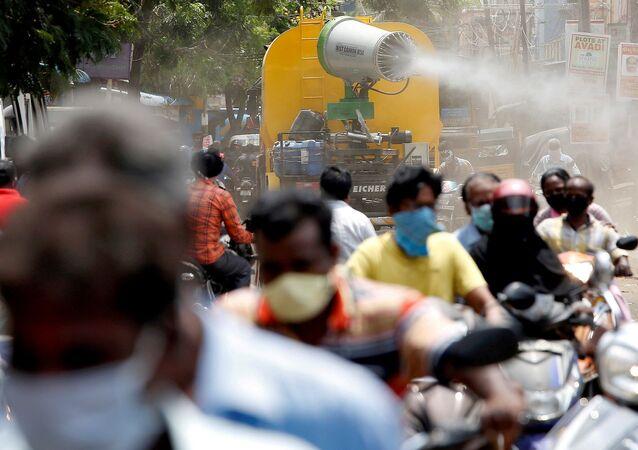 Hindistan - maske - koronavirüs