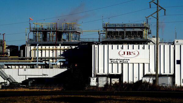 ABD merkezli Brezilyaet işleme şirketi JBS'nin Minnesota eyaletindeki Worthington domuz eti tesisi - Sputnik Türkiye