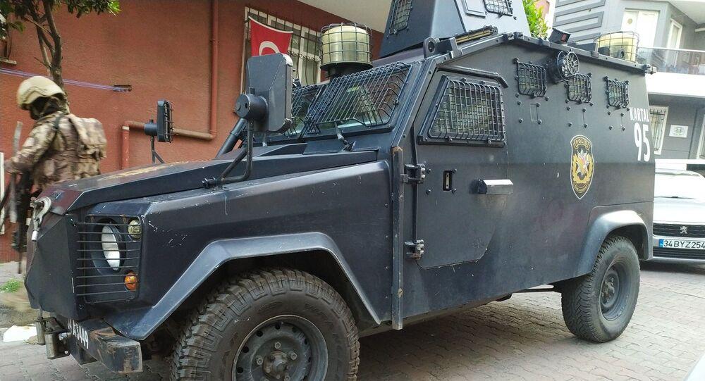 İstanbul merkezli 4 ilde kamuoyunda 'Nurişler' olarak bilinen organize suç örgütüne yönelik eş zamanlı operasyon başlatıldı.