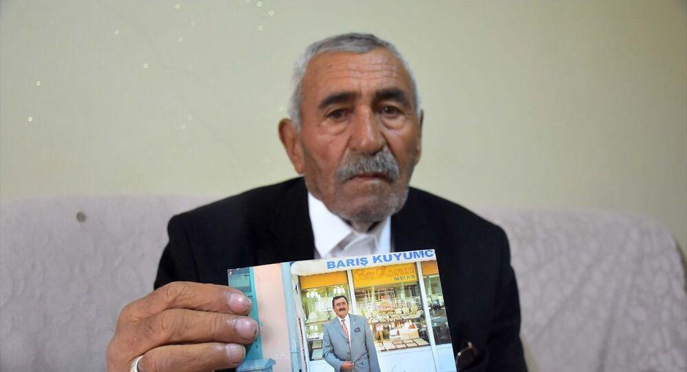 88 yıllık ömrünün 64 yılını mahalle muhtarı olarak geçiren Reşit Kardan vefat etti